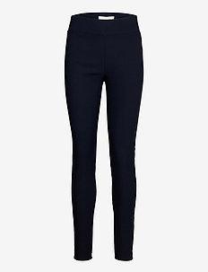 FQSHANNON-PA-POWER - kitsalõikelised püksid - salute 19-4011