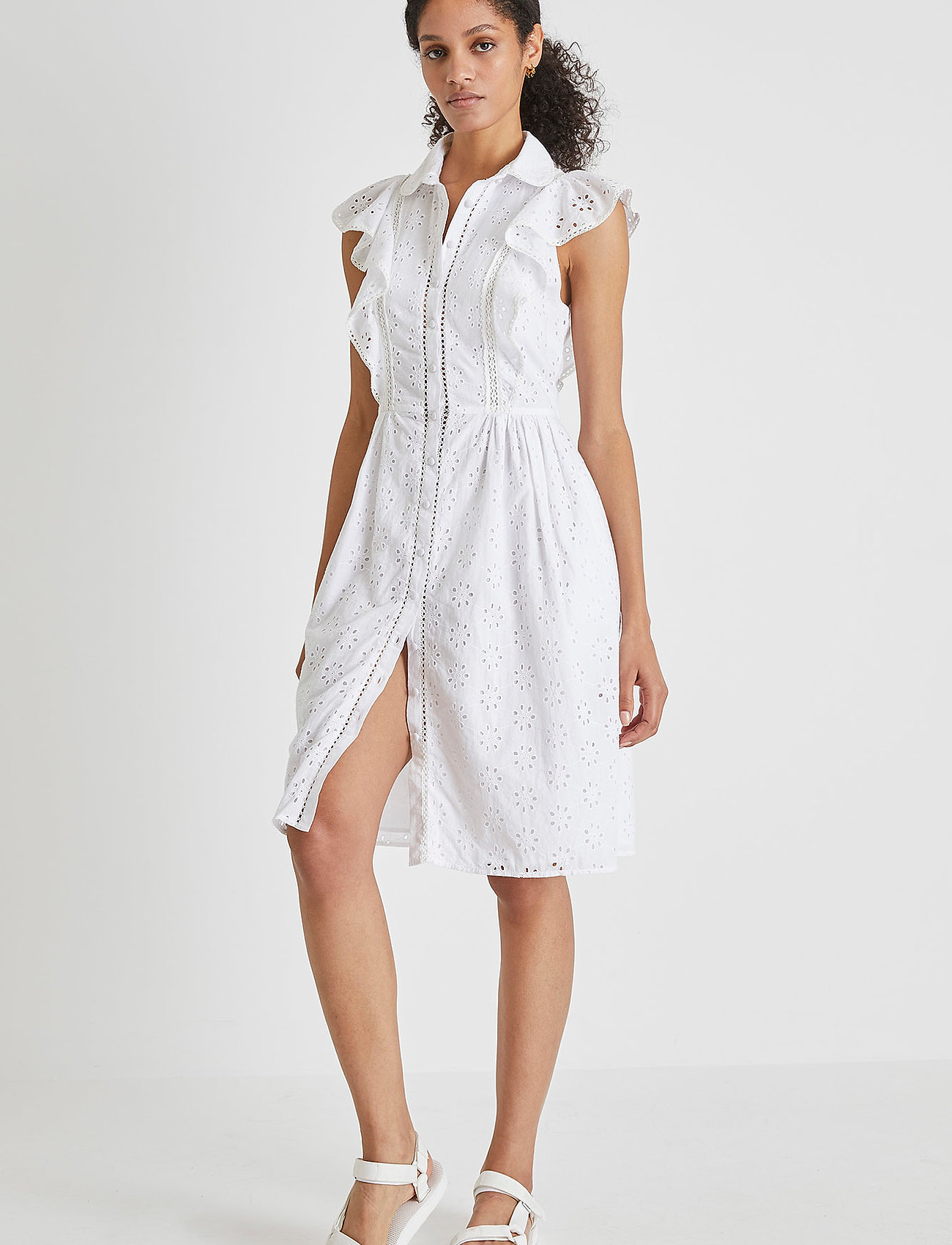 French Connection - DUNA LAWN EMBROIDERY DRESS - sommerkjoler - summer white - 0