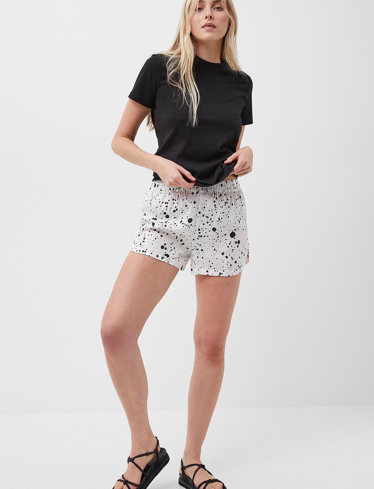 French Connection - DROPLET DRAPE SHORTS - shorts casual - summer white/black - 0