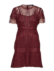 CHANTE LACE SHORT SLEEVE DRESS - RASPBERRY WINE