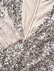 French Connection - EMILLE SPARKLE SHORT DRESS - paljettkjoler - silver/nude - 2