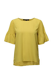 CLASSIC CREPE LIGHT FLUTED SLEVE TOP - DARK CITRON
