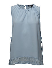 CLASSIC CREPE LIGHT SLEVELESS TOP - DREAM BLUE