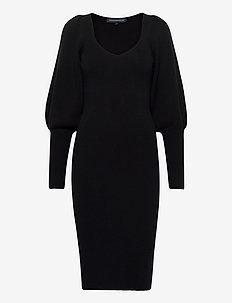 JOSS KNITS BALLOON SLEEVE DRES - sukienki do kolan i midi - black