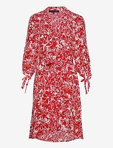 FAYOLA DRAPE SHIRT DRESS - hverdagskjoler - fiery red/sum white