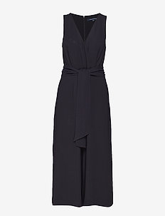 BESSIE CREPE SLEEVELESS BELTED JUMPSUIT - haalarit - black