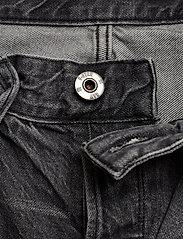 G-star RAW - 3301 1\2 - denim shorts - sun faded black stone - 3
