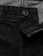 G-star RAW - 3301 1\2 - denim shorts - worn in black stone - 3