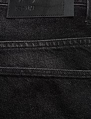 G-star RAW - 3301 1\2 - denim shorts - worn in black stone - 4