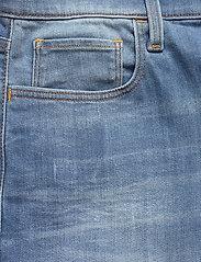 G-star RAW - 3301 Slim short - denim shorts - vintage striking blue - 2