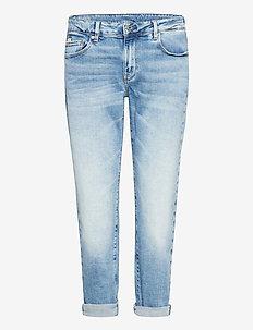 Kate Boyfriend Wmn - boyfriend jeans - lt indigo aged