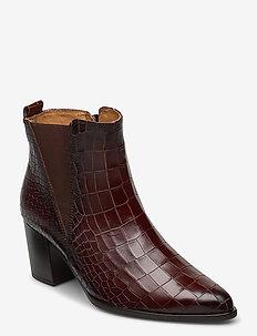 Ankle boot - ankelstøvletter med hæl - brown