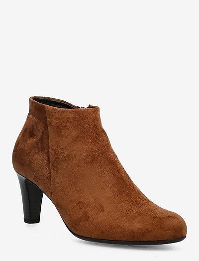 Ankle boot - ankelstøvler med hæl - brown