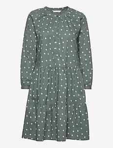 Saga - midi kjoler - daisy print balsam green comb. 2