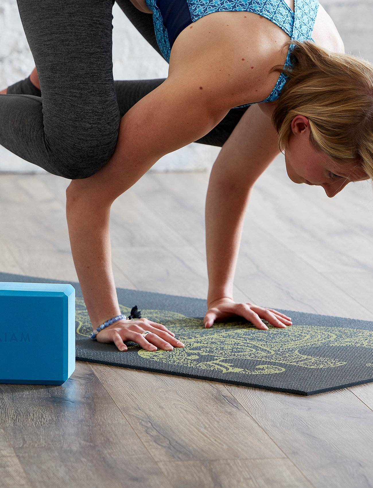 Gaiam - 6MM Yoga Mat Tribal Wisdom - yogamatten & uitrusting - black - 0