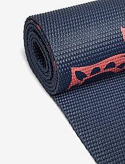Gaiam - 4mm Yoga Mat Pink Marrakesh - joogamatot ja tarvikkeet - pink - 1