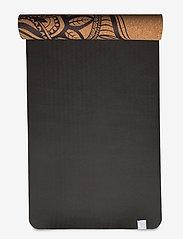 Gaiam - 5MM Printed Cork Yoga Mat Mandala - yogamatten en -accessoires - cork - 4