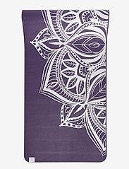 Gaiam - 6mm Yoga Mat Aubergine Madallion - joogamatot ja tarvikkeet - purple - 3