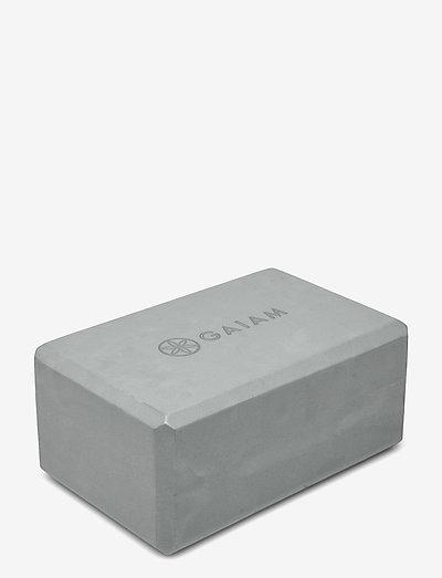 GAIAM YOGA BLOCK GREY - yogablokker og stropper - grey