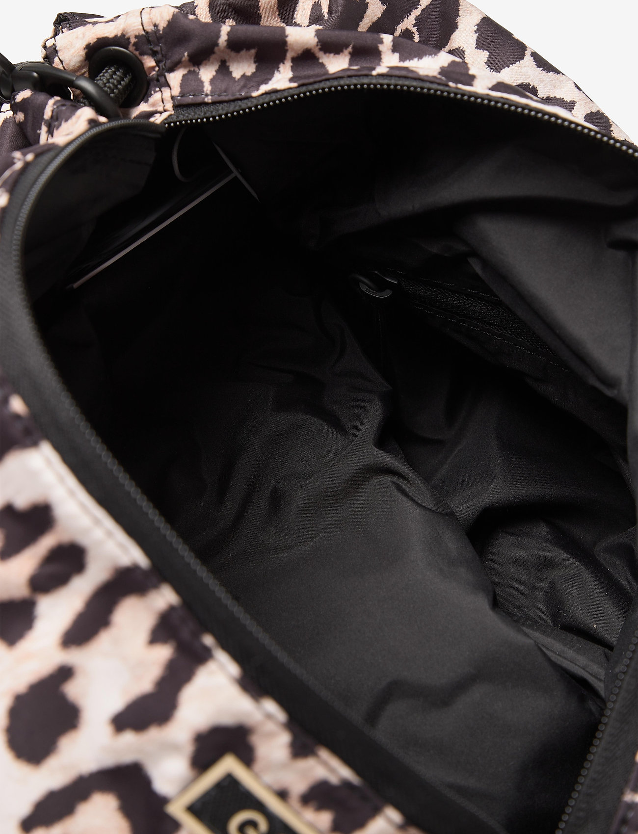 Ganni - Seasonal Recycled Tech Fabric - crossbody bags - leopard - 4