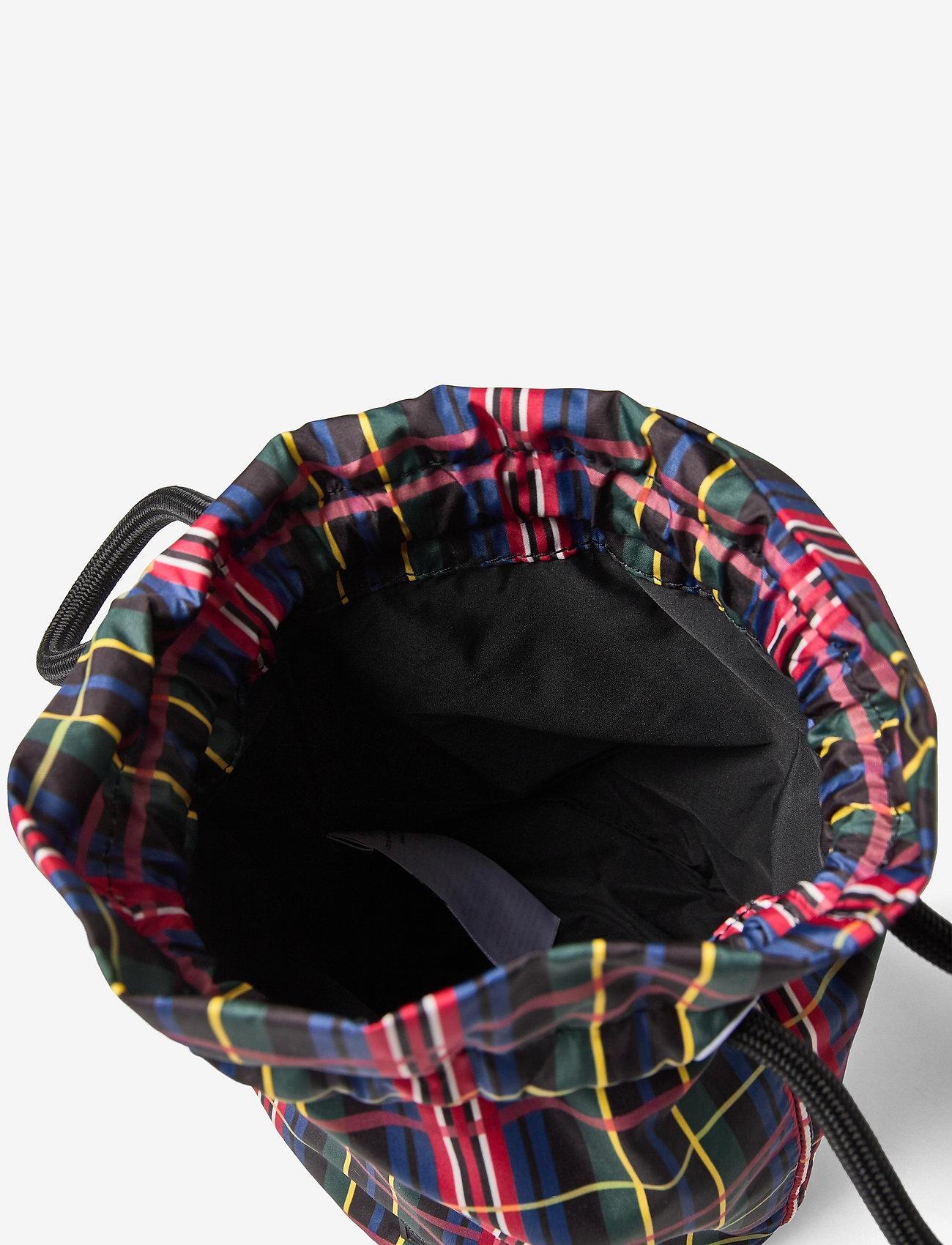 Ganni - Seasonal Recycled Tech - tasker - black - 4