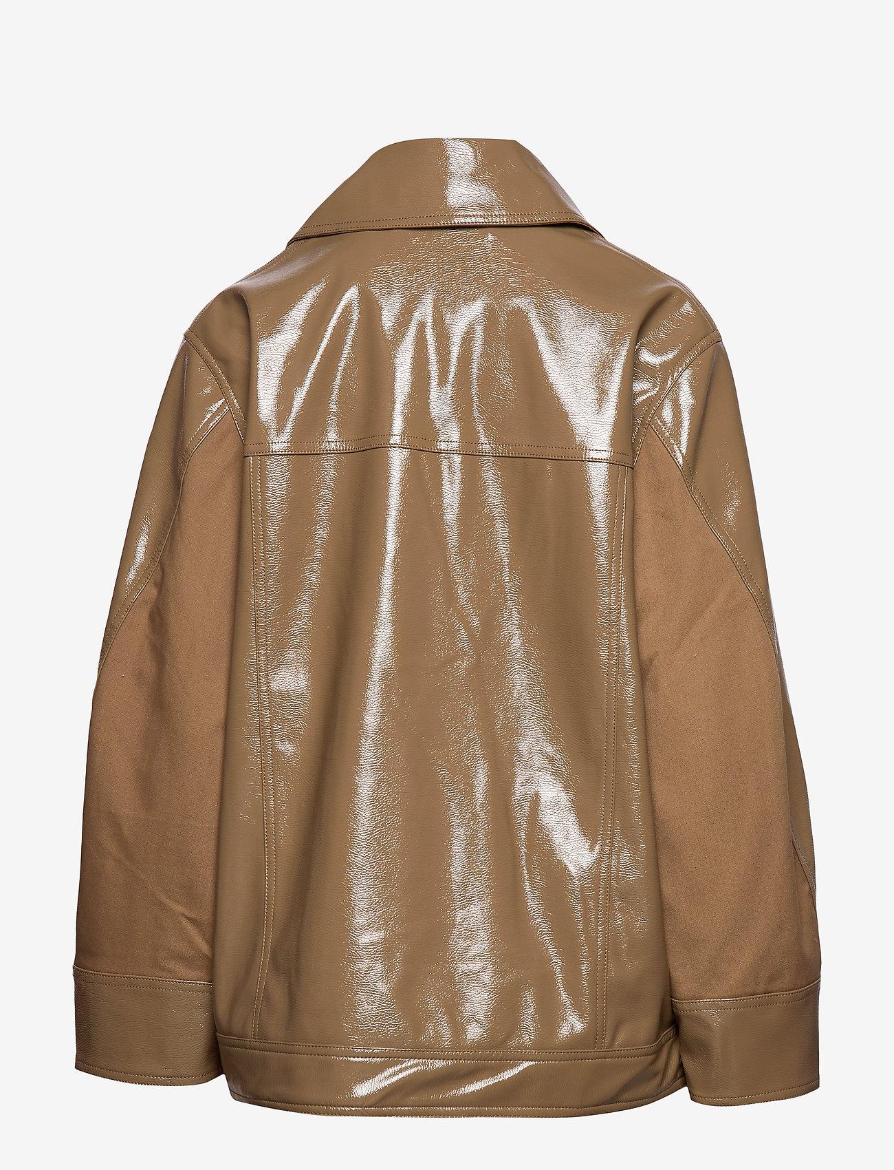 Ganni - Patent Oversized Jacket - nahkatakit - ermine - 1