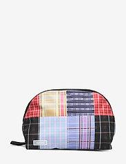 Ganni - Tech Fabric Toiletry Bag - torby kosmetyczne - forever blue - 0