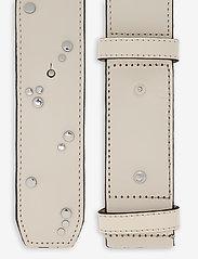 Ganni - Studded Belt - riemen - egret - 1
