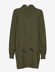 Ganni - Heavy Crepe Dress - korte kjoler - kalamata - 2