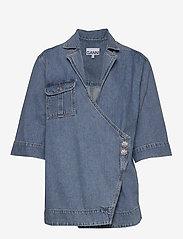 Ganni - Washed Denim - jeansowe koszule - washed indigo - 0