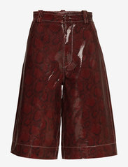 Ganni - Snake Foil Leather - læder shorts - decadent chocolate - 0