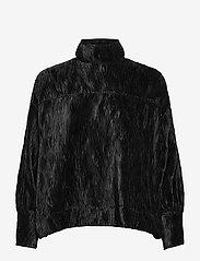 Ganni - Pleated Satin - langärmlige blusen - black - 0