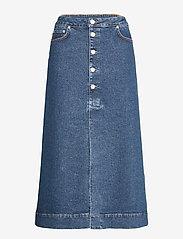 Ganni - Midi Skirt - denimnederdele - medium indigo - 0