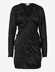 Ganni - Crinkled Satin - cocktailkjoler - black - 0