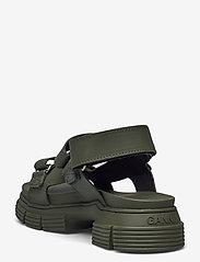 Ganni - Recycled Rubber - płaskie sandały - kalamata - 2