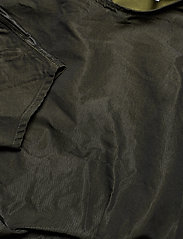Ganni - Shiny Chino - long sleeved blouses - kalamata - 2