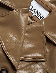 Ganni - Patent Oversized Jacket - nahkatakit - ermine - 2