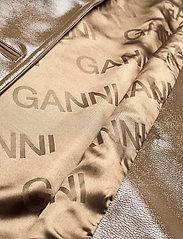 Ganni - Patent Oversized Jacket - nahkatakit - ermine - 4