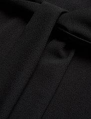 Ganni - Heavy Crepe Dress - korte kjoler - black - 5