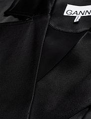 Ganni - Heavy Satin - slå-om-kjoler - black - 2