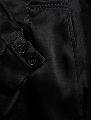 Ganni - Heavy Satin - slå-om-kjoler - black - 3