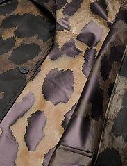 Ganni - Thermoshell - vêtements de pluie - maxi leopard - 5