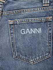 Ganni - Washed Denim - vida byxor - denim - 4