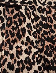 Ganni - Linen Canvas - casual shorts - leopard - 2