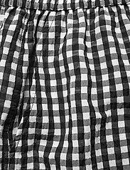 Ganni - Seersucker check - casual korte broeken - black - 2
