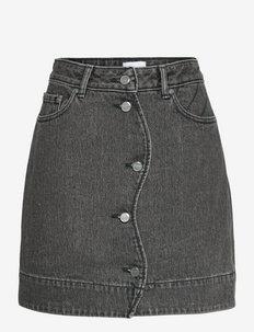 Quilt Denim - short skirts - sharkskin