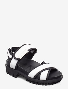Hiking Sandal Scuba - flat sandals - egret