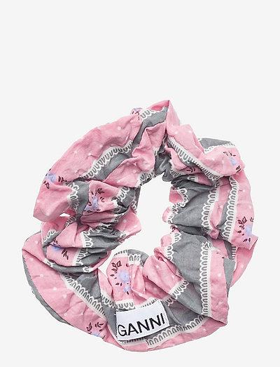 Cotton Seersucker - scrunchies - pink nectar
