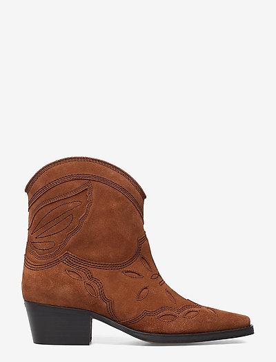 Low Texas - wysoki obcas - tapioca