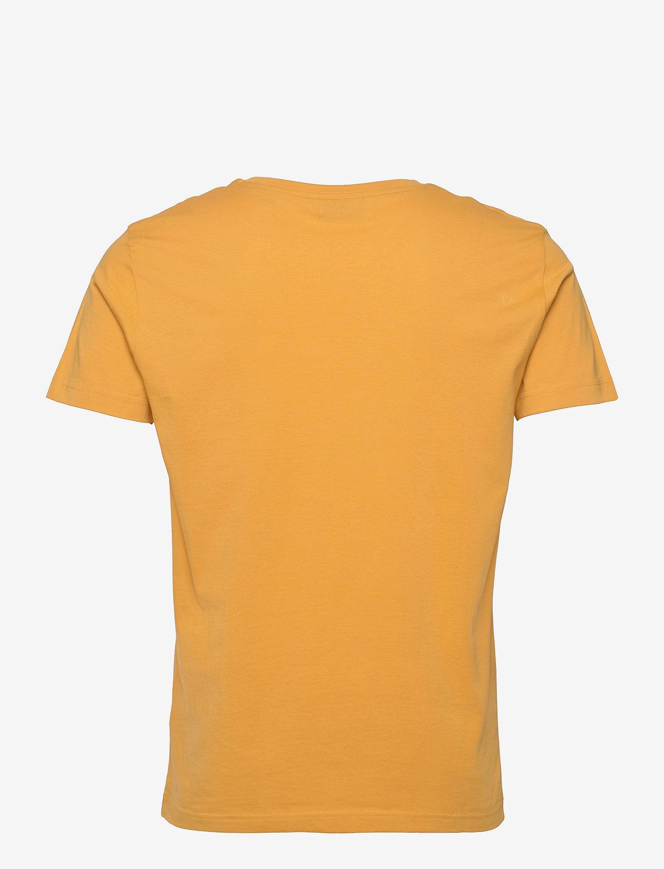 GANT - MD. FALL SS T-SHIRT - short-sleeved t-shirts - ivy gold - 1
